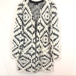 Open front eyelash sweater Aztec with pockets